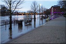 SO8454 : River Severn flooding at dusk, Worcester by P L Chadwick