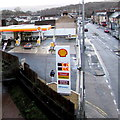 ST3089 : January 3rd 2016 fuel prices, Crindau, Newport by Jaggery