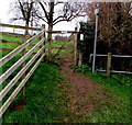 SO7124 : Wooden gate across a public footpath, Newent by Jaggery