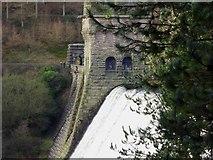 SK1789 : The Derwent Dam is overflowing by Steve  Fareham