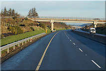 S5232 : M9 Northbound towards junction 10 by Ian S