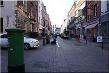 O1533 : William Street South by Ian S