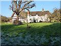 SU0281 : Great Wood Farm, Trow Lane by Vieve Forward