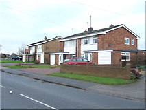 TA1181 : Houses on Scarborough Road, Filey by JThomas