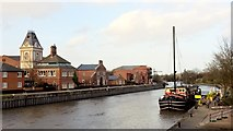 SK7954 : Castle Barge pub from Trent Bridge, Newark by Chris Morgan
