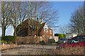 SU8848 : House on the Hog's Back by Alan Hunt