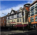TQ2681 : Paddington - Grand Junction Arms by Oxfordian Kissuth