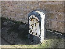 SE4712 : Milestone at North Elmsall by Jonathan Thacker