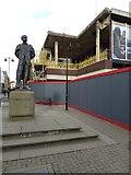SO8554 : Elgar Statue and Lychgate refurbishment by Philip Halling