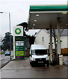 ST3091 : Below £1 a litre, Malpas, Newport by Jaggery