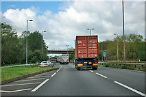 SK6975 : Northbound A1 at B6387 junction by Robin Webster