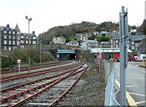 NM8529 : Railway line in to Oban beneath Albany Street bridge by Peter Evans