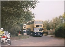 SP0683 : Buses entering Cannon Hill Park by Richard Vince
