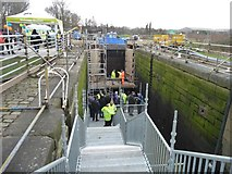 SE3419 : Temporary staircase into Fall Ing lock, Wakefield by Christine Johnstone