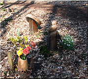 TG1607 : Grave markers at GreenAcres by Evelyn Simak