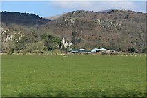 SH5840 : Portreuddyn Castle and farm by Richard Hoare