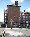 TQ3378 : Southborough House, Kinglake Estate, Kinglake Street, Walworth by Robin Stott