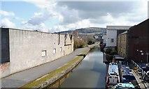 SE1437 : Shipley Wharf, Leeds & Liverpool Canal, Shipley by Christine Johnstone