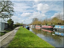 TQ2282 : Kensal Green, moorings by Mike Faherty