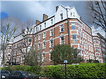 TQ2784 : Manor Mansions, Belsize Grove / Belsize Park Gardens, NW3 (2) by Mike Quinn