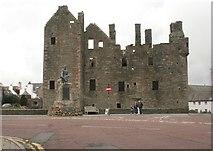 NX6851 : MacLellan's Castle, Kirkcudbright by Richard Sutcliffe