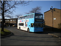 SP2778 : Bus in turning circle, Tanyard Farm estate by Richard Vince
