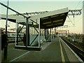 SJ8597 : Shelter on platforms 13/14, Manchester Piccadilly by Stephen Craven
