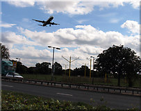 TQ0975 : Heathrow Runway 27L approach lights by Andrew Tatlow