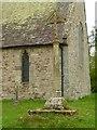 SO6071 : Churchyard cross, Nash by Alan Murray-Rust