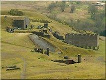 SO5977 : Quarry remains on Titterstone Clee by Alan Murray-Rust