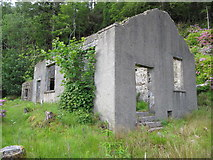 NG5536 : Abandoned mine building by David Tyers