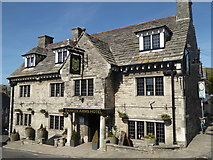 SY9682 : Bankes Arms Hotel, East Street, Corfe Castle by pam fray