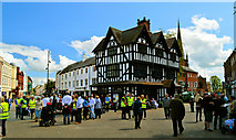 SO5140 : Crowds begin to form in High Town ..... by Philip Pankhurst