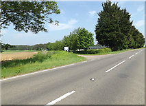 TL9482 : A1066 Thetford Road & entrance to Dolphin Farm by Adrian Cable