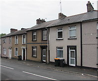 ST3288 : Row of houses, Crescent Road, Newport by Jaggery