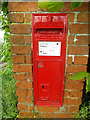 TM0846 : The Green Victorian Postbox by Adrian Cable