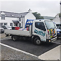 J3030 : Soft drinks lorry, Meelmore Lodge by Rossographer