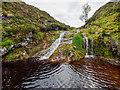NH7025 : Waterfall on the Allt Tarsuinn by valenta