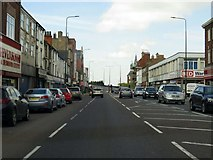 TA2710 : Cleethorpe Road in Grimsby by Steve Daniels