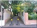 SZ0992 : Malmesbury Park: footpath C16 to Milton Road by Chris Downer
