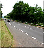 SO5620 : Southbound carriageway of the A40 south of Pencraig by Jaggery