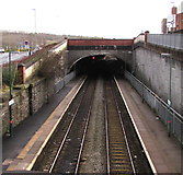 ST1599 : Tunnel at the SE end of Bargoed railway station by Jaggery