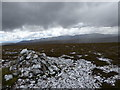 NJ0912 : Summit cairn, Geal Charn by Alan O'Dowd