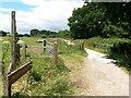 SZ1096 : Throop: to Muscliff and Redhill on the Stour Valley Way by Chris Downer