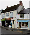 SN1304 : The Shoe Box, Saundersfoot by Jaggery