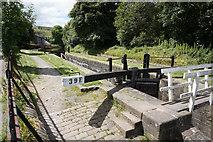 SE0511 : Lock 39E, Huddersfield Narrow Canal by Ian S