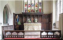 TL5646 : St Mary, Linton - Sanctuary by John Salmon