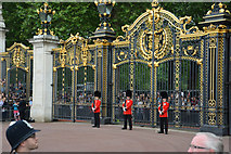 TQ2979 : London : Westminster - Queen Victoria Memorial Gate by Lewis Clarke