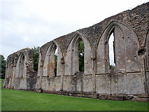 ST5038 : Ruin of the chancel wall, Glastonbury Abbey by Bill Harrison