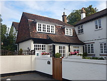 TQ1666 : Thames Ditton - Houses on Watts Road by James Emmans